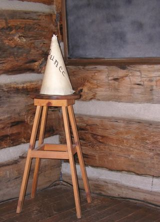 Dunce-school-punishment-857281-h